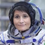 Samantha Cristoforetti ammette l'esistenza delle scie chimiche