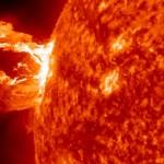 ATTENZIONE: 29 febbraio 2015 eruzione solare che distruggerà i PC