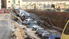Fluoruro di Bario clandestino erode una conduttura, panico a Firenze